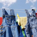 Chọn mua và bảo quản quần jeans như thế nào?