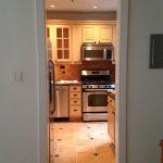 Căn bếp cũ kỹ trở nên tiện lợi sau khi sửa