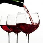 Uống nhiều rượu vang tăng huyết áp như thế nào?